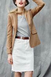 Fashionable white denim skirt outfits ideas 4