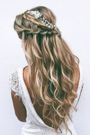 Gorgeous rustic wedding hairstyles ideas 1