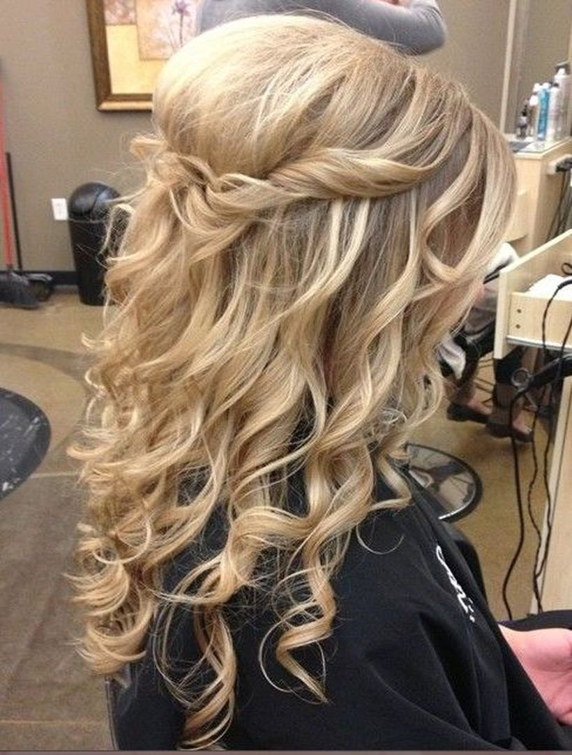 Gorgeous rustic wedding hairstyles ideas 20