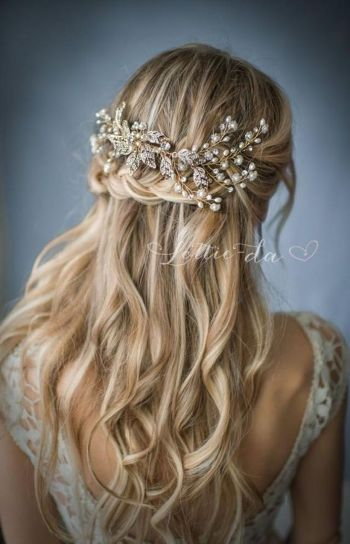 Gorgeous rustic wedding hairstyles ideas 26