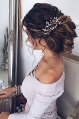 Gorgeous rustic wedding hairstyles ideas 34