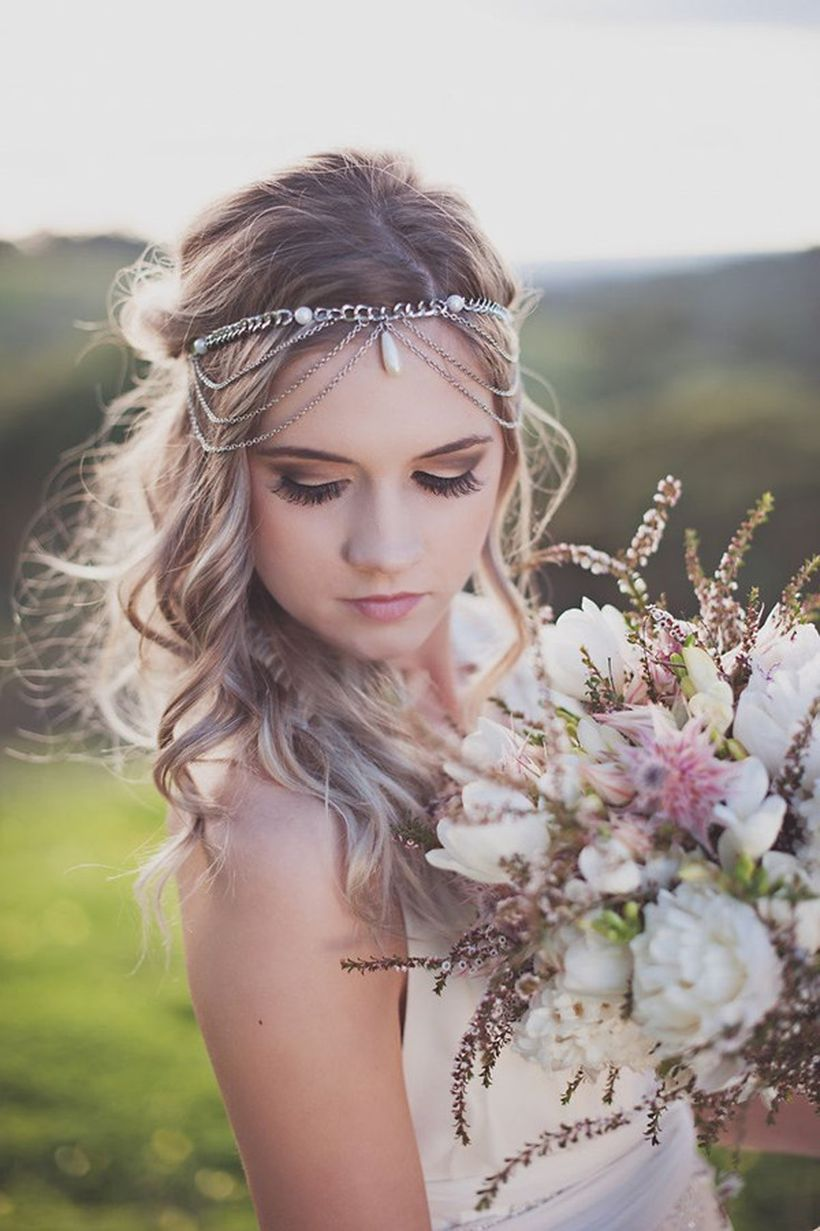 Gorgeous rustic wedding hairstyles ideas 47