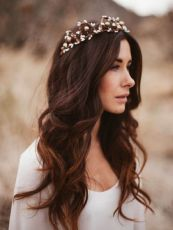 Gorgeous rustic wedding hairstyles ideas 54