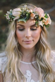 Gorgeous rustic wedding hairstyles ideas 59