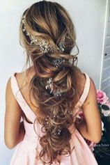 Gorgeous rustic wedding hairstyles ideas 60