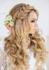 Gorgeous rustic wedding hairstyles ideas 61