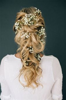 Gorgeous rustic wedding hairstyles ideas 72
