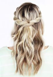 Gorgeous rustic wedding hairstyles ideas 79
