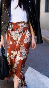 Inspiring simple casual street style outfits ideas 11