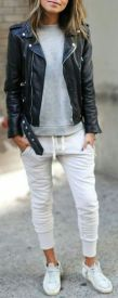 Inspiring simple casual street style outfits ideas 41