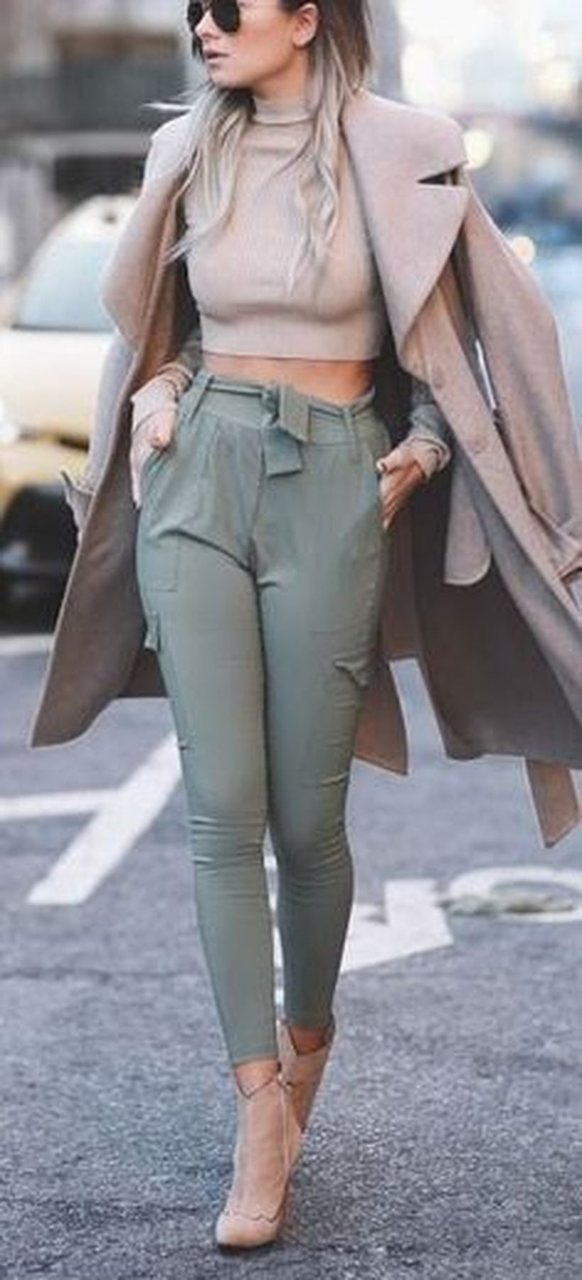 Inspiring simple casual street style outfits ideas 5