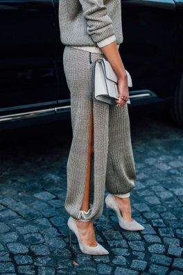 Inspiring simple casual street style outfits ideas 6