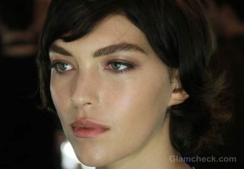 Perfect natural bold brows ideas 21
