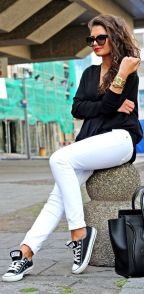 Perfect ways to wear white denim jeans outfits 46