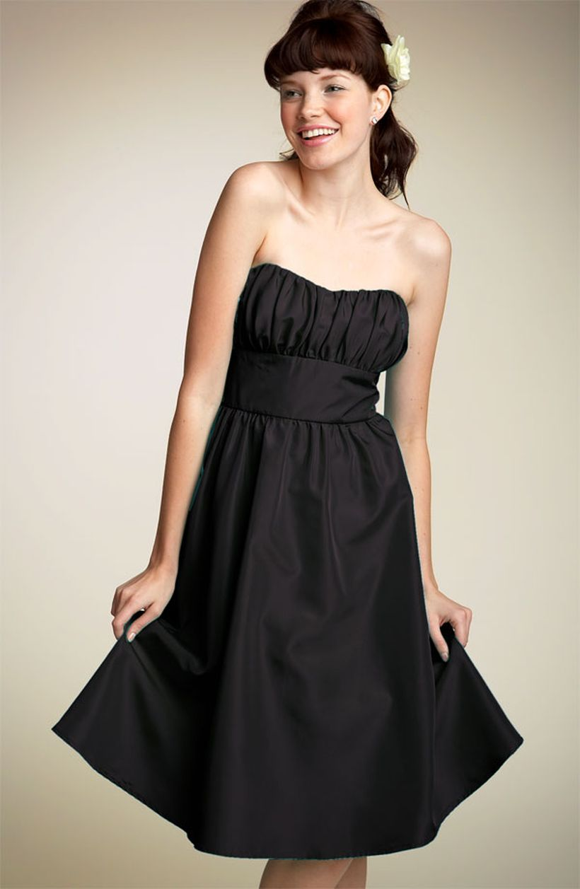 Stunning black short dresses outfits for party ideas 112