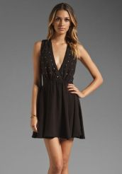 Stunning black short dresses outfits for party ideas 2
