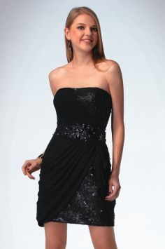 Stunning black short dresses outfits for party ideas 35