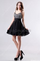 Stunning black short dresses outfits for party ideas 53