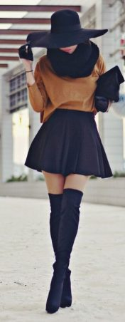 Trendy over the knee boots for winter and fall outfits 31