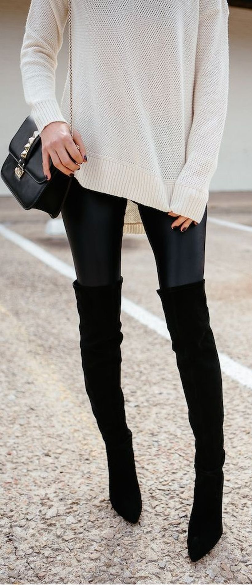 Trendy over the knee boots for winter and fall outfits 34
