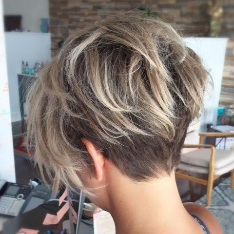 Cool short pixie ombre hairstyle ideas 41