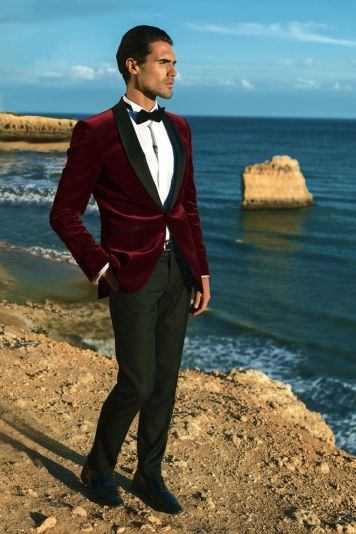 Elegant men's formal wear with tuxedo and suits 12
