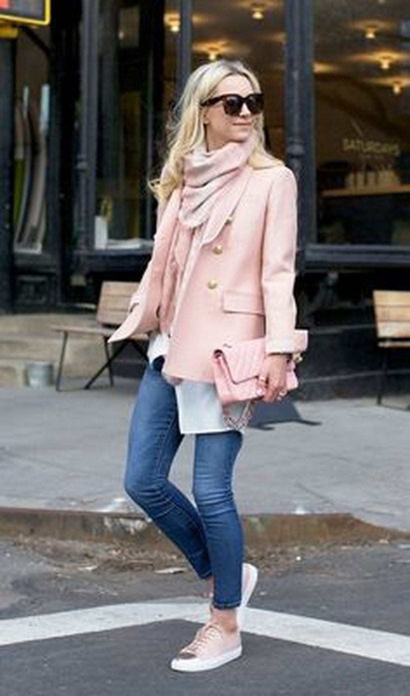 Fashionable outfit style for winter 2017 39