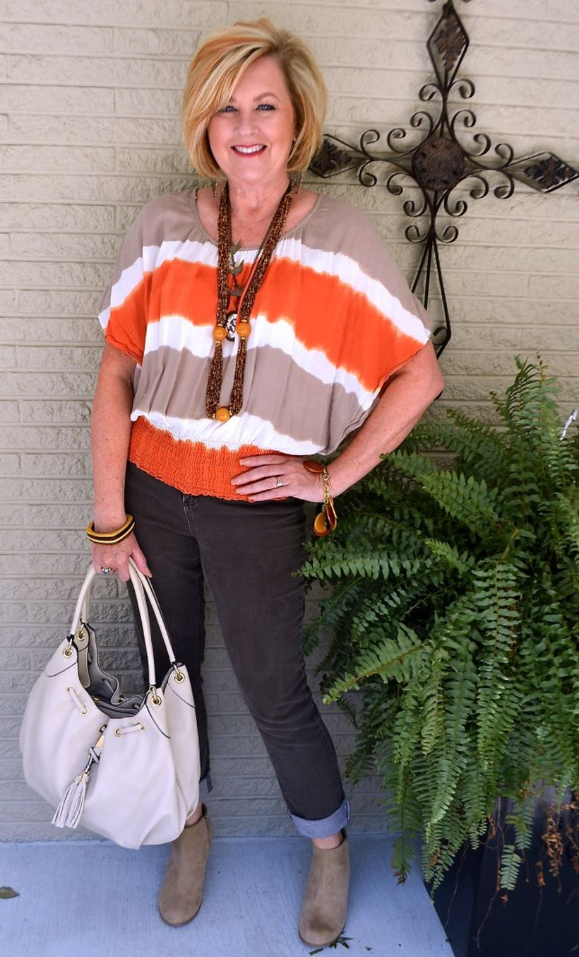 Fashionable over 50 fall outfits ideas 10