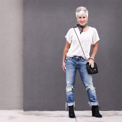 Fashionable over 50 fall outfits ideas 125