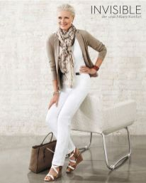 Fashionable over 50 fall outfits ideas 35