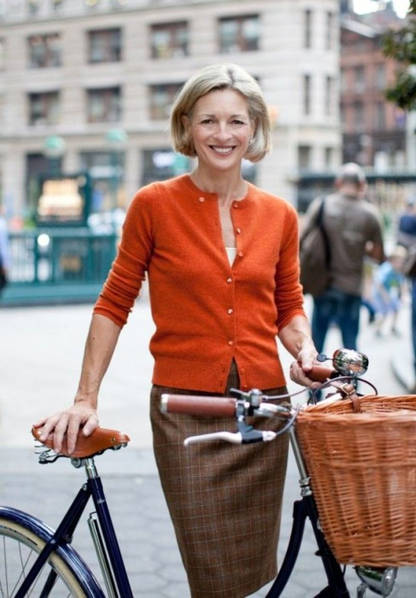 Fashionable over 50 fall outfits ideas 4