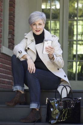 Fashionable over 50 fall outfits ideas 73