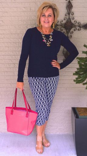 Fashionable over 50 fall outfits ideas 97
