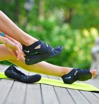 Most comfortable yoga shoes that must you have 5