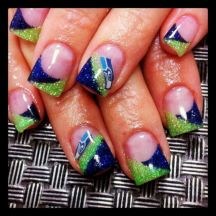 Seahawks nails design 33