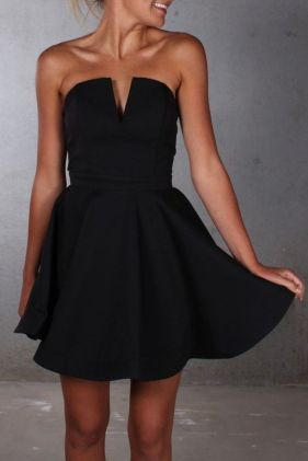 Sexy little black dress that must you have 6