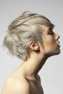 Short messy pixie haircut hairstyle ideas 54