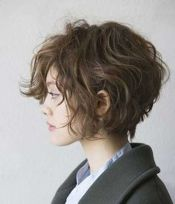 Short messy pixie haircut hairstyle ideas 57