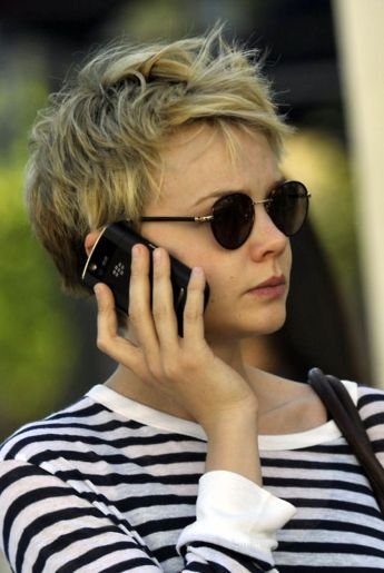Short messy pixie haircut hairstyle ideas 74