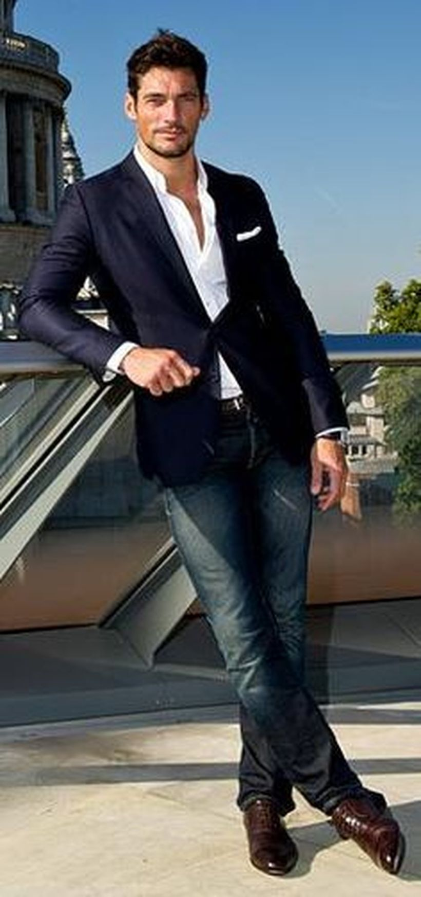 Stylish men's jeans outfits ideas in 2017 22