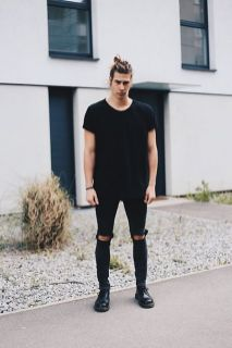 Stylish men's jeans outfits ideas in 2017 24