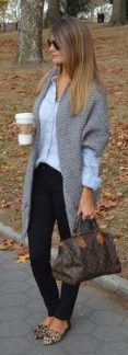 Tips how to wear cardigans and leggings in this fall 15
