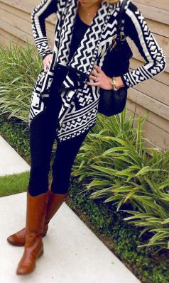 Tips how to wear cardigans and leggings in this fall 54