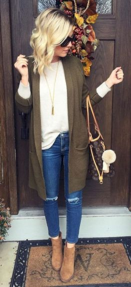 Cardigan outfit 32
