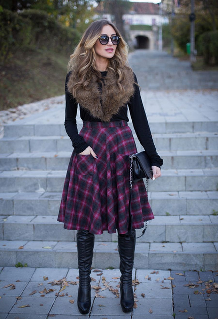 Inspiring skirt and boots combinations for fall and winter outfits 28