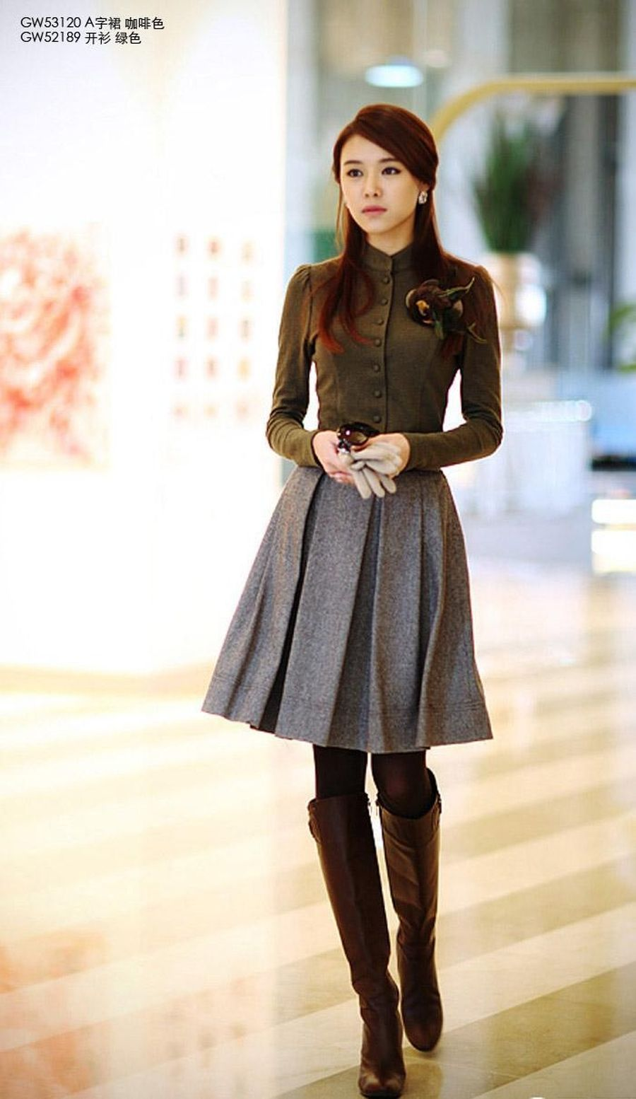Inspiring skirt and boots combinations for fall and winter outfits 35