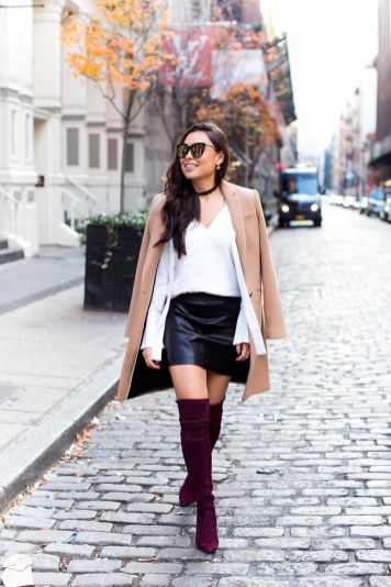 Inspiring skirt and boots combinations for fall and winter outfits 52