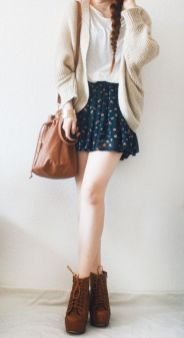 Inspiring skirt and boots combinations for fall and winter outfits 68