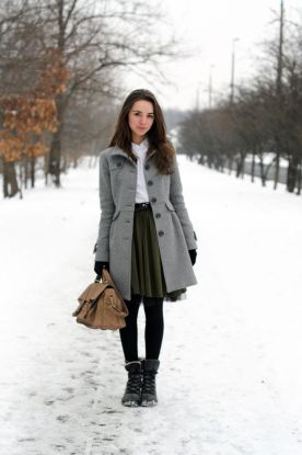 Inspiring skirt and boots combinations for fall and winter outfits 7