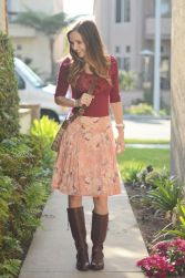 Inspiring skirt and boots combinations for fall and winter outfits 74